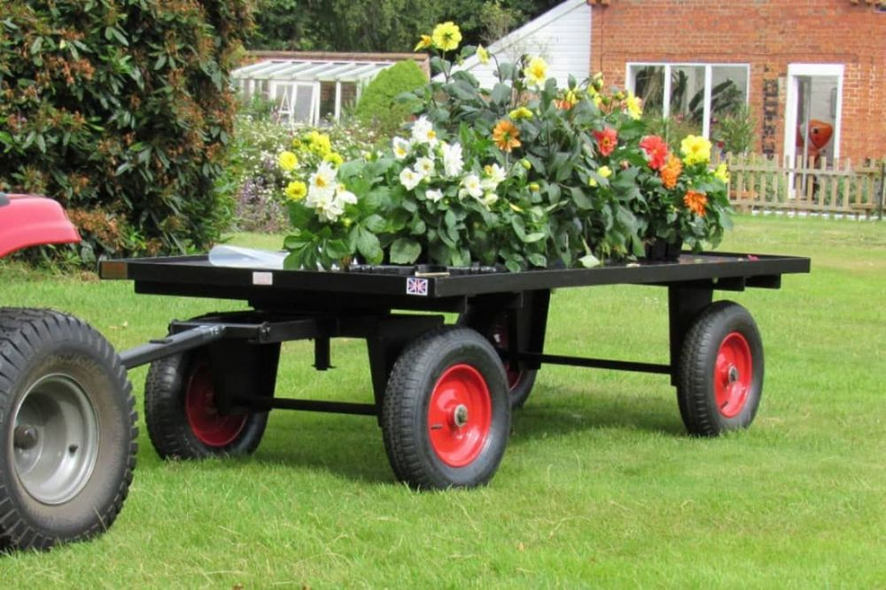 Four Wheel Turntable Trailer